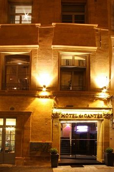 Entrace to the Hotel de Gantes in Aix en Provence