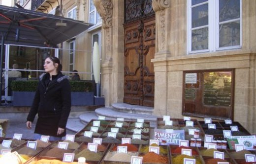A spice stall at Aix en Provence street market