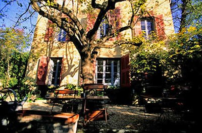 Cezanne's studio at Les Lauves: facade and terrace