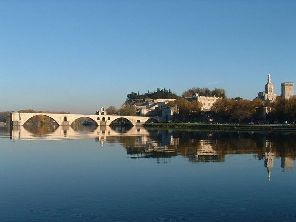 Avignon Bridge viewed from Barthelasse island