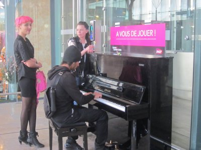 Piano at Marseille Saint Charles station