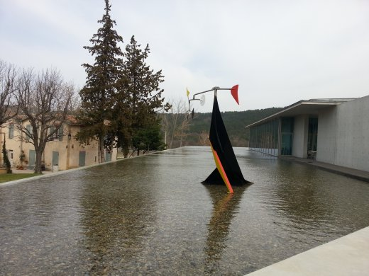 <em>Small Crinkly</em> by Alexander Calder at Château La Coste winery