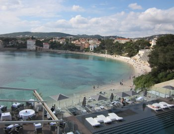renecros beach bandol