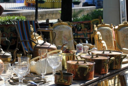 Antiques on display in L'Isle sur la Sorgue