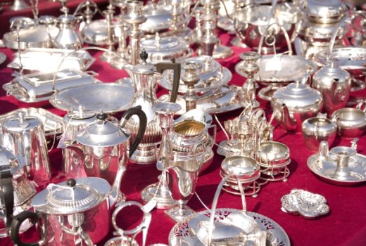 Fine silverware on sale at L'Isle sur la Sorgue