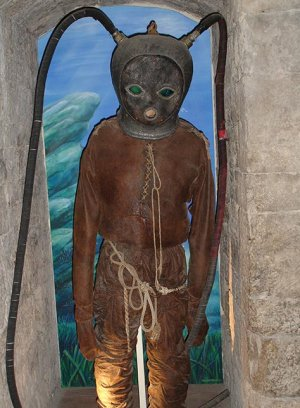 Replica of an early 18th century diving suit in Sanary sur Mer