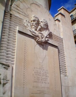 Louis Capazza and Alphonse Fondere balloonists plaque in Marseille