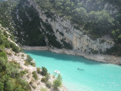 Boats entering the Gorges du Verdon from the Lac de Sainte Croix